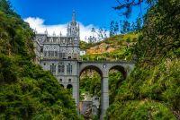 1024px-Santuario_Nacional_de_Las_Lajas_04.jpg