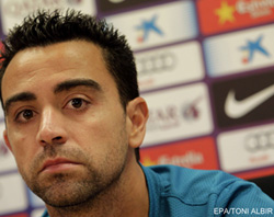 Xavi might stay at Barcelona