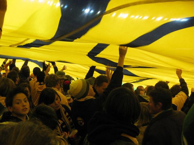 Fans-Flag-Pablo-Bateson